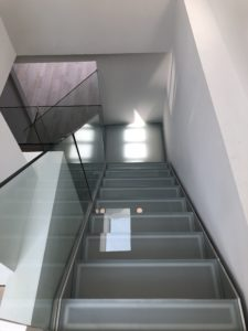 Glass staircase, glass stair, glass railing, new york, glass staircase new york